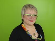 Annette Lutz, Inhaberin, Augenoptikerin mit meisterhaften Fähigkeiten und Kenntnissen (HWK geprüft) ist in 3. Generation als Augenoptikerin in Neunkirchen tätig, mit viel Freude am Beruf seit 14.02.2009 selbständig